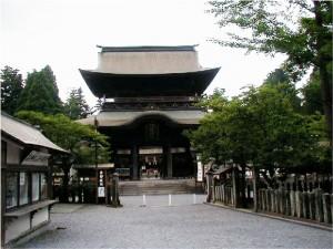 阿蘇神社楼門の画像